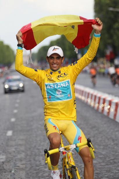 El ciclista español, Alberto Contador, ganó por tercera ve...