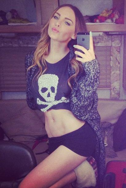 Belinda nos muestra su lado más salvaje e íntimo en Instagram, con sus m...