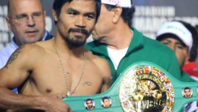 Manny Pacquiao no cumplió con las reglas y fue desconocido como campeón...