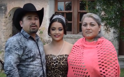 El video-invitación a los 15 años de Rubí Ibarra se...
