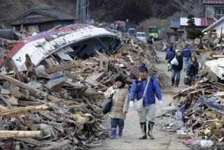 El 11 de marzo de 2011 un terremoto de magnitud 8.9 azotó las costas de...