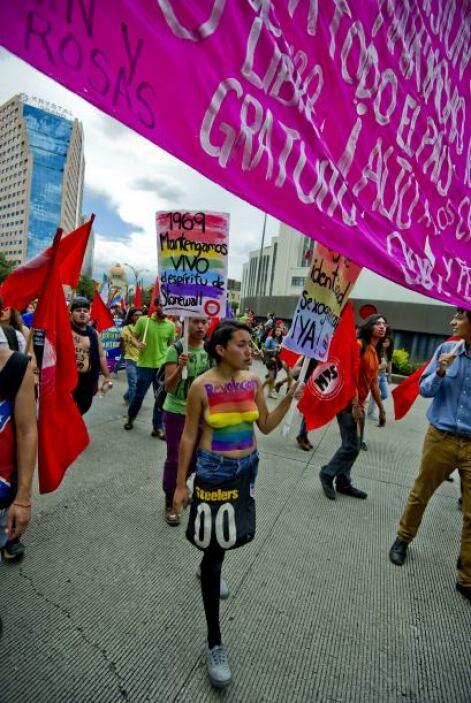 Al igual que en México, pidieron un trato equitativo para las minorías s...