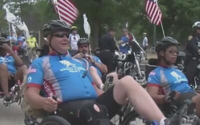 Varios veteranos participaron en un evento de ciclismo donde pusieron a...