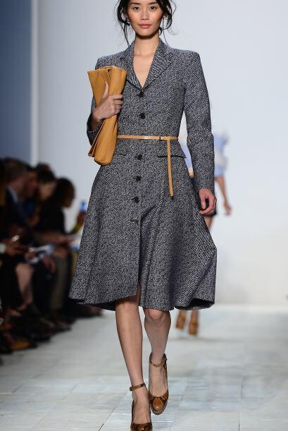 Los abrigos con cintillo o cinturón son otra recomendación...