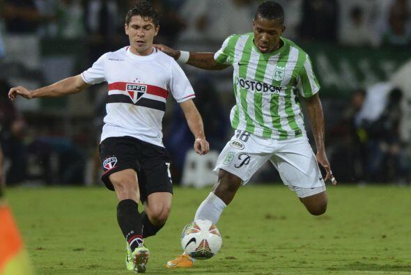 El otro colombiano que formará parte del club escarlata es Wilder...