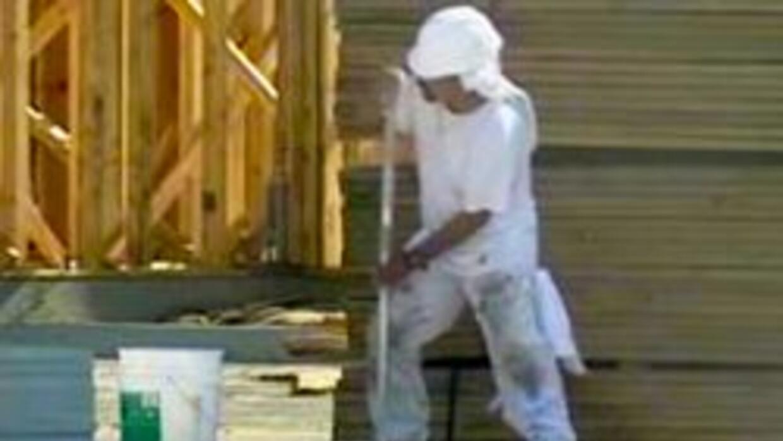 Empleado en construccion de casa