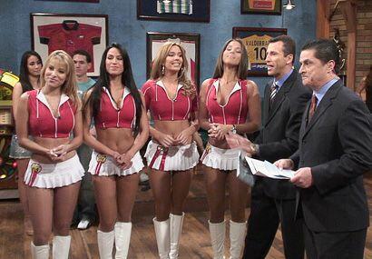 Aquí tienes a las cuatro bellezas juntas en el Bar.