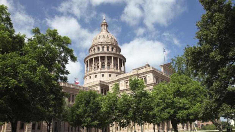 Los gobiernos de Texas y México reforzaron su alianza para trabajar por...