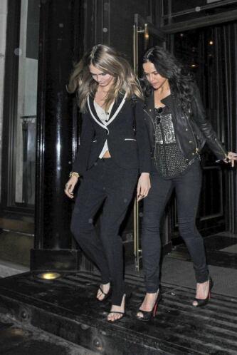 Michelle y Cara salieron de fiesta. Más videos de Chismes aquí.