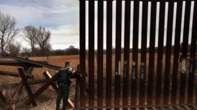Un comité bipartidista del Senado de Arizona aprobó proyecto de ley para...