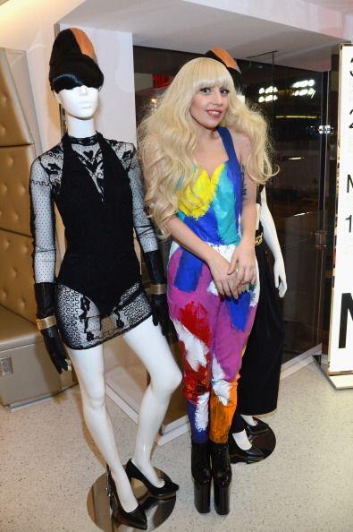 """2. Lady Gaga. A sus 27 años, la intérprete de """"Born this way"""" y polémica..."""