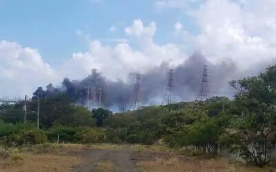 Incendio en Central Aguirre causa apagón masivo en Puerto Rico