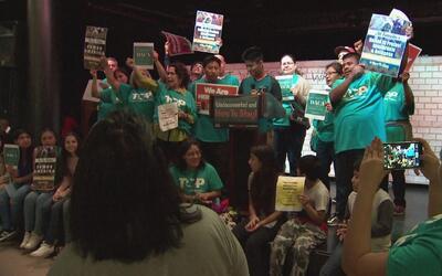 Activistas le recuerdan a Sylvester Turner su promesa sobre protección d...