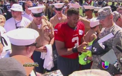 Marines sorprendieron con sus maniobras a los Halcones Marinos de la NFL