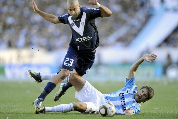 Un goleador de raza, con 11 goles el uruguayo Santiago Silva lidera la t...