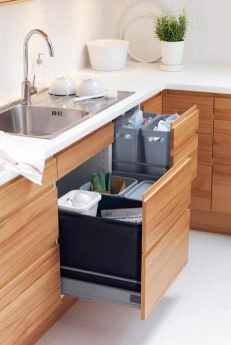 En las cocinas se impone el cubo de reciclado triple. Deja de acumular b...