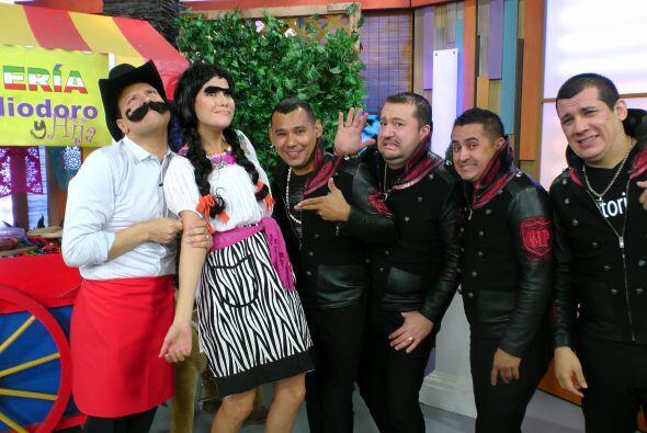 En Despierta América se armó la fiesta con el regreso de 'El Chicharito...