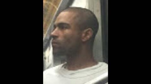 Una de las personas amedrentadas por el falso terrorista logró sacarle u...