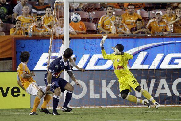 Con este gol de último minuto el Houston Dynamo se salvó de perder con l...