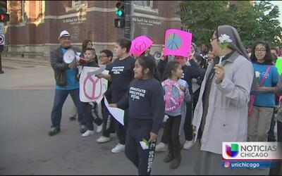 Realizan marcha por la paz en South Chicago