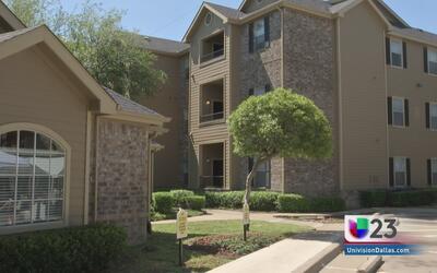 Viviendas son renovadas para familias en Dallas