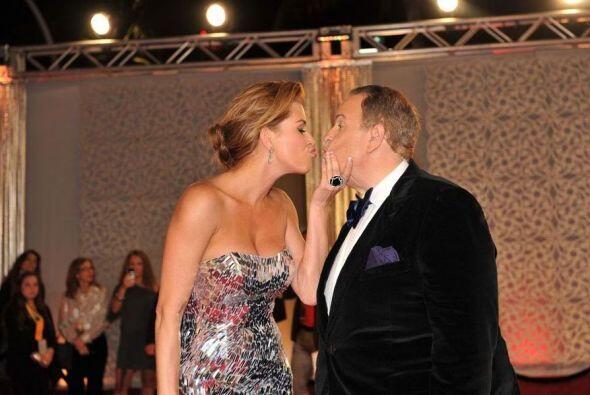 ¡Beso, beso, beso!