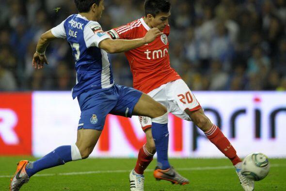 El jugador del Benfica fue importantísimo en el clásico po...