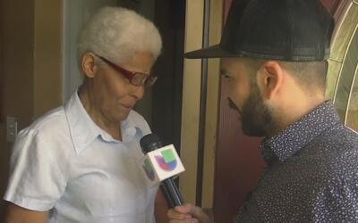 """Jomari Love"" sorprende a bisabuela hispana que perdió a dos de sus hijos"