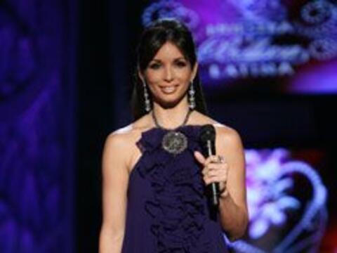 Para conducir Nuestra Belleza Latina, Giselle Blondet se pone a tono con...