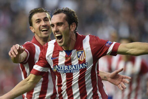 Contrastes en una jugada de gol, primero el rostro de la felicidad de Go...
