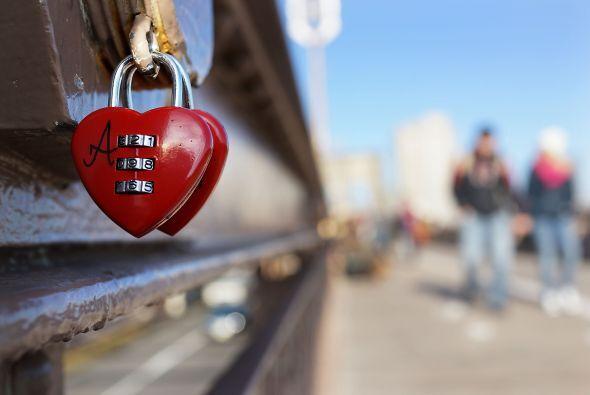 Esto con el fin de hacer que el amor dure para siempre, según la creenci...
