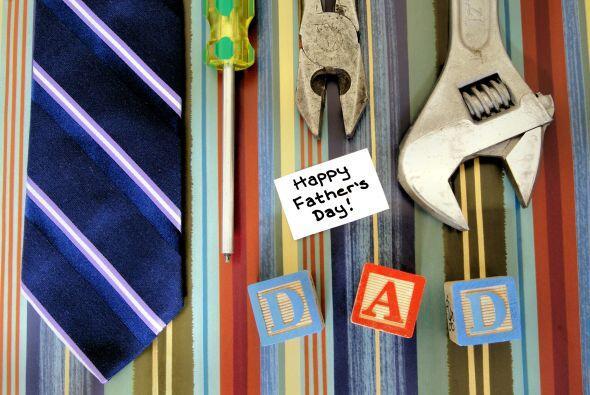 Está muy cerca el Día del padre, pero aún es momento de hacer compras in...