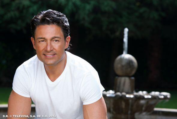 El guapo Fernando Colunga nos deleitó con su personaje de Jes&uac...
