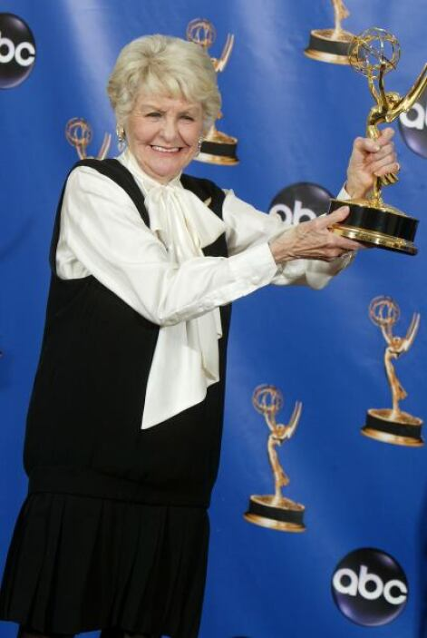 Elaine estuvo nominada cinco veces al premio Tony y lo ganó en 2002. En...