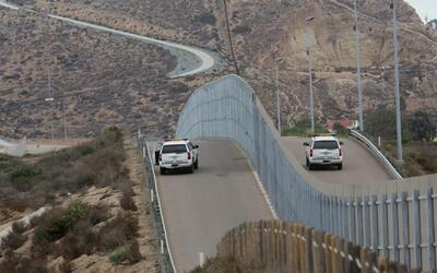 """Senador de California: """"Trabajar para el muro fronterizo que quiere Trum..."""