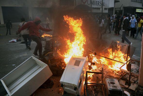Además exigieron al presidente Nicolás Maduro el desarme d...
