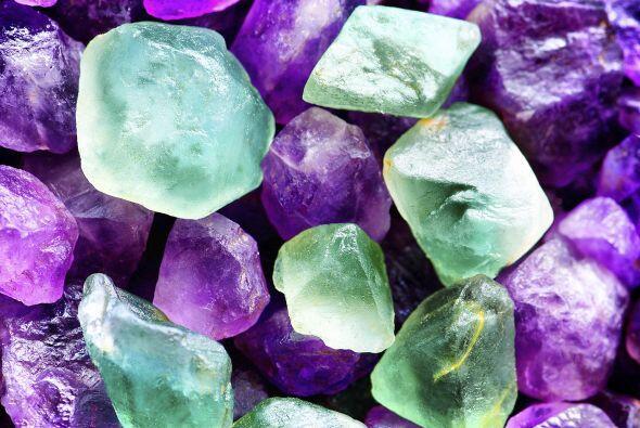 Las piedras zodiacales son la esmeralda, el jade, la malaquita, y las av...