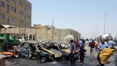 La cadena de atentados registrada el domingo y lunes en Irak, que se ha...