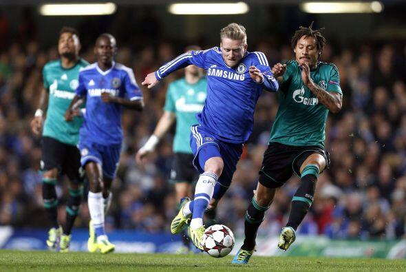 Los 'Blues' eran amos de la pelota ante la poca presión alemana.