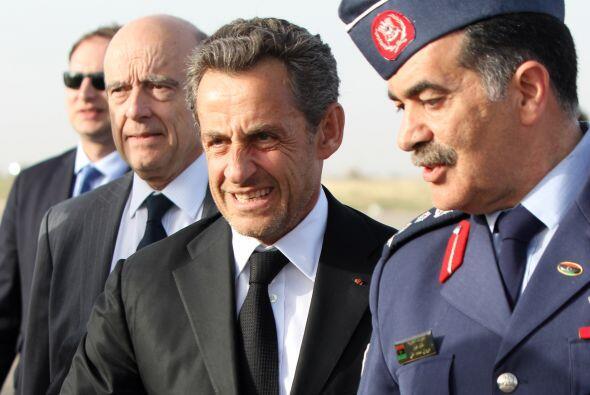 """El ex presidente francés Nicolas Sarkozy fue inculpado por """"..."""