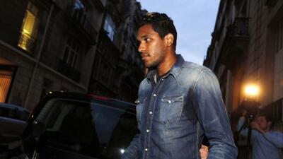 El brasileño agredio a Thiago Motta luego de que el PSG venciera al Bastia.