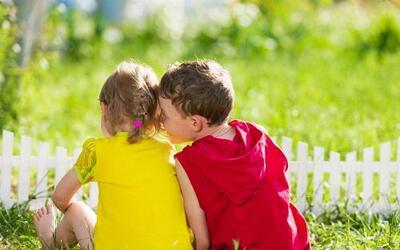 Los beneficios de dejar a los chicos en la casa este verano