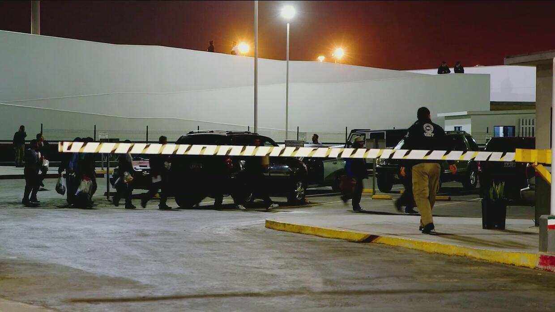 Odisea y peligro espera a los repatriados que regresan a México en la os...