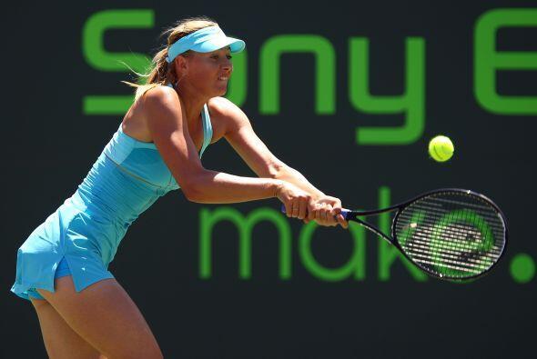 ¡Que curvas! Entre los logros en su carrera Sharapova, una ex n&ua...