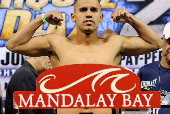 Juan Díaz registró el límite de los pesos ligeros que indica 135 libras,...