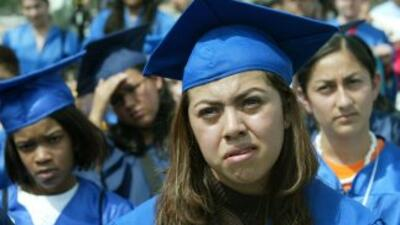 La suerte de miles de estudiantes indocumentados quedó otra vez en el li...
