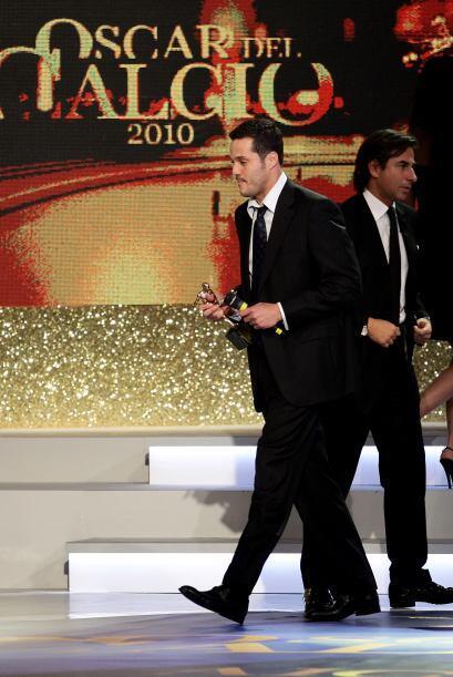 Ya en cuanto a los ganadores, el brasileño Julio César se llevó el premi...