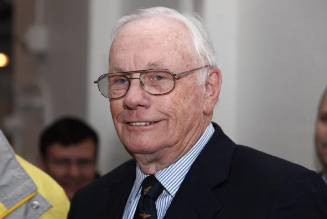 25 de agosto. Neil Armstrong, 82 años. Astronauta que ganó fama mundial...
