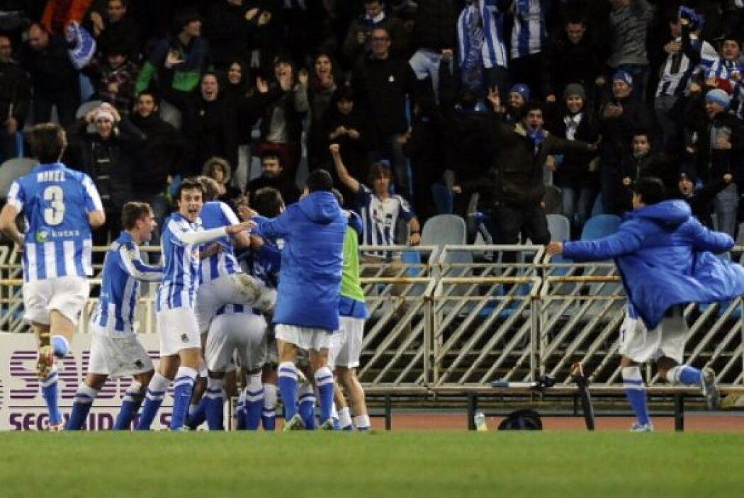 La Real Sociedad derrotó al Barcelona en San Sebastián y acabó con su in...