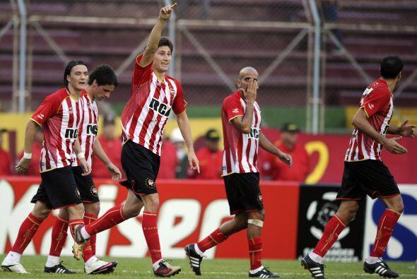 El conjunto argentino con el empate clasificaba y terminó 1-1 con el equ...